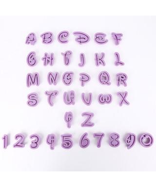 Emporte-pièces lettres et chiffres majuscule Disney