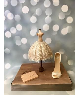 atelier luxury cake: robe dentelle, sac et chaussure